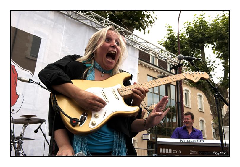 http://eveball.free.fr/concerts/cahors%20blues%20festival%202011/photos/cahors2011_kathy_boye_4776.jpg