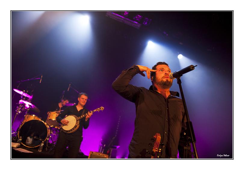 http://eveball.free.fr/concerts/deboutsurlezinc/2012/photos/dslz_2769.jpg