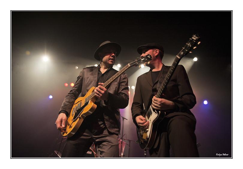 http://eveball.free.fr/concerts/festival_traverse_2011/photos/thorbjorn_risager_4359.jpg